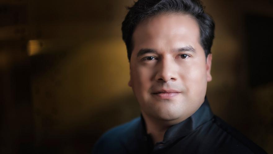 Robert Treviño engage un accord d'enregistrement pluriannuel avec le label Ondine